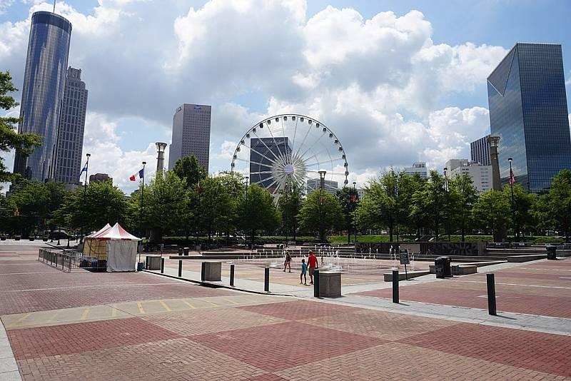 Atlantský olympijský Centennial park v roce 2016, dvacet let po Rudolphově vražedném útoku.