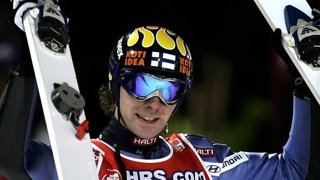 Ilustrační foto. Třetímu závodu Turné čtyř můstků dominoval čtyřnásobný vítěz Turné Fin Janne Ahonen.