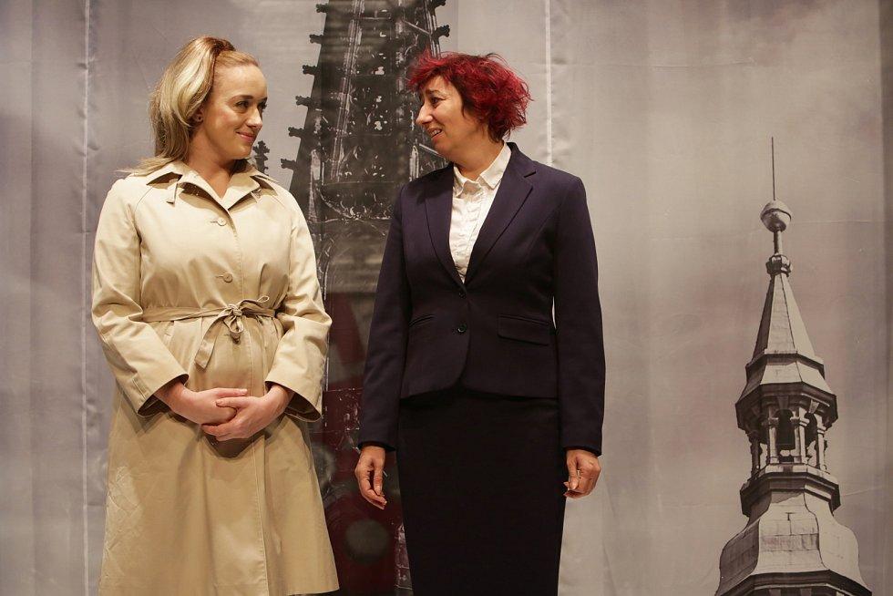 Simona Babčáková nakonec zakotvila vDejvickém divadle, kde působí dodnes.
