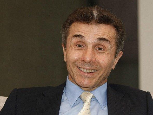 Sečtení prakticky všech hlasů odevzdaných v sobotu v gruzínských parlamentních volbách potvrzuje vítězství vládního hnutí Gruzínský sen miliardáře Bidziny Ivanišviliho.