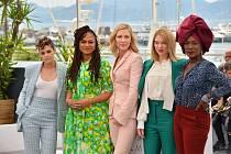 Kristen Stewartová, Ava Duvernayová, Cate Blanchettová, Lea Seydouxová a Khadja Ninová