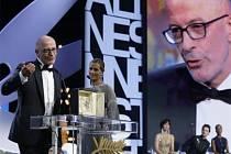 Zlatou palmu získal v Cannes Audiardův film Dheepan.