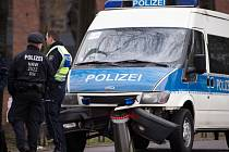 Razie, do které se zapojilo asi 60 policistů, se uskutečnily v Berlíně, Severním Porýní-Vestfálsku, Bádensku-Württembersku a Durynsku a také ve španělském letovisku Lloret de Mar.