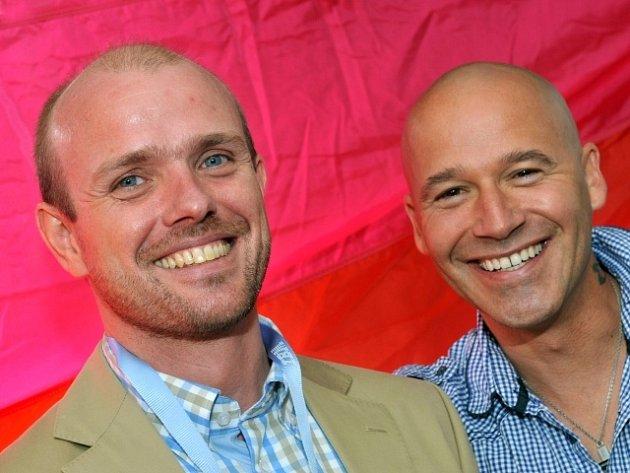 Pořadatel akce Czeslaw Walek a moderátor Jan Musil vystoupili 13. srpna v Praze na tiskové konferenci k zahájení druhého ročníku festivalu sexuálních menšin Prague Pride. Festival potrvá do 19. srpna.