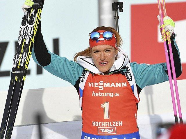 Po zlatém pátečním sprintu vybojovala Gabriela Koukalová na mistrovství světa v Hochfilzenu bronz ve stíhacím závodu.