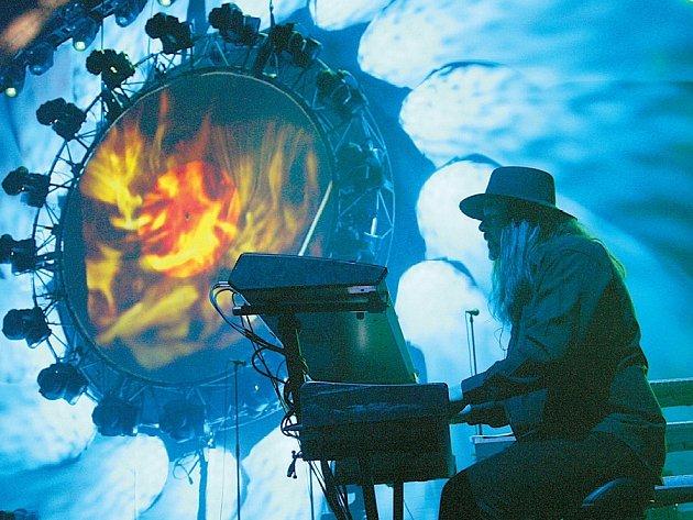 EFEKTNÍ SHOW je koncert australských Pink Floyd.