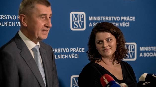 Premiér Andrej Babiš a ministryně práce a sociálních věcí Jana Maláčová