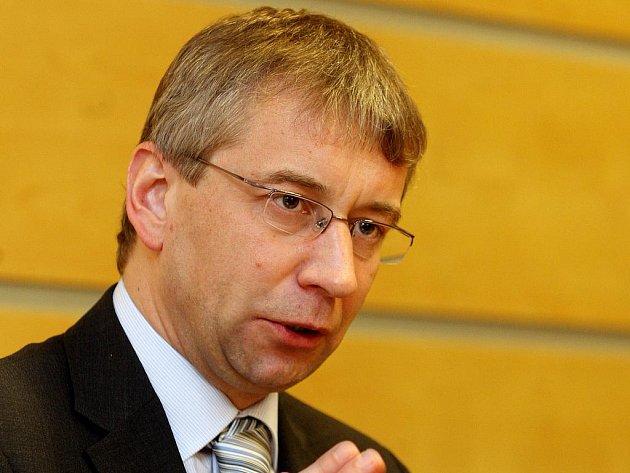Ministr práce a sociálních věcí Jaromír Drábek (TOP 09).