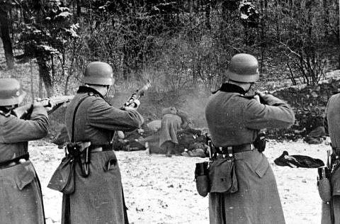 Masakr 56 Poláků v Bochni 18. prosince 1939
