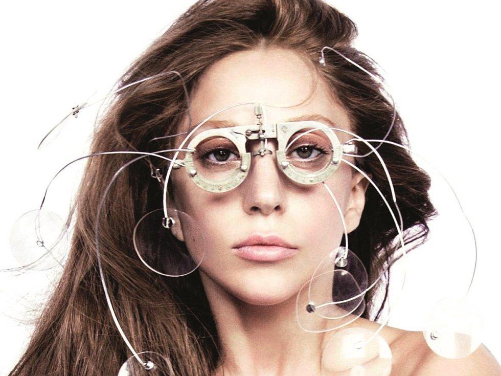 Lady Gaga a její extravagance.