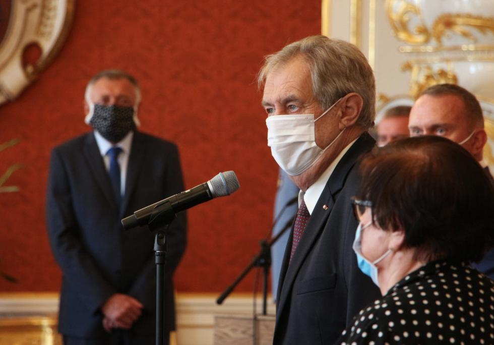 Prezident Miloš Zeman dnes na Pražském hradě jmenoval soudce i generály