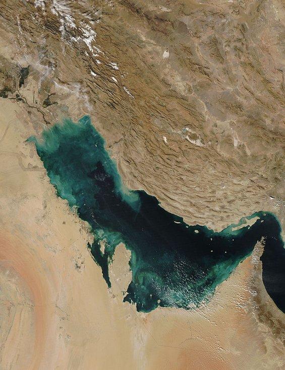 Perský záliv na záběru ze satelitů NASA