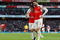 Fotbalisté Arsenalu a jejich radost z gólu