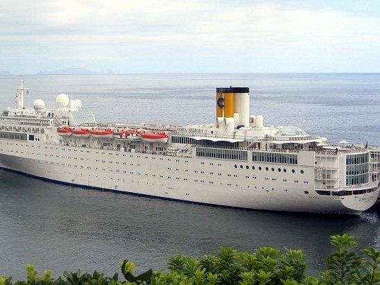 Luxusní loď Costa Allegre