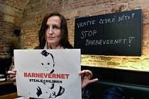 Eva Michaláková se u norských úřadů domáhá vydání svých dvou synů. Barnevernet je norská instituce na ochranu dětí, která ženě syny odebrala.