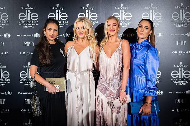 Finálový večer soutěže Schwarzkopf Elite Model Look 2021. Na událost se přišla podívat i Monika Babišová s dcerou.