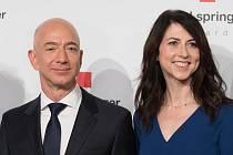 Jeff Bezos, MacKenzie Bezosová