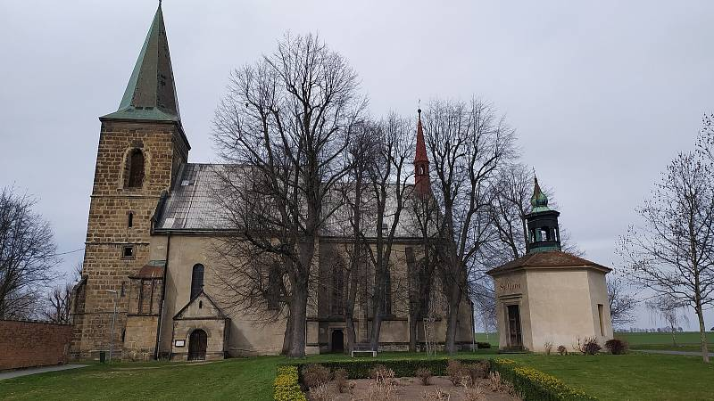 Domovský kostel v Charvatcích na Litoměřicku kostelníka Antonína Štěpanovského