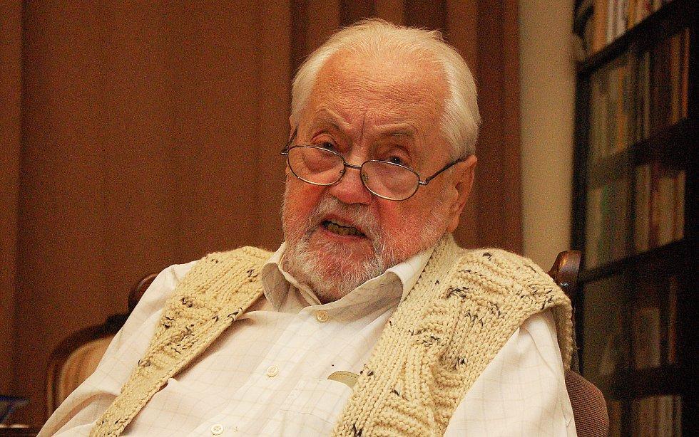 Aleš Dospiva, který působil jako pomocný režisér Františka Vláčila a Oldřicha Lipského, poskytl Deníku rozhovor o své profesi.