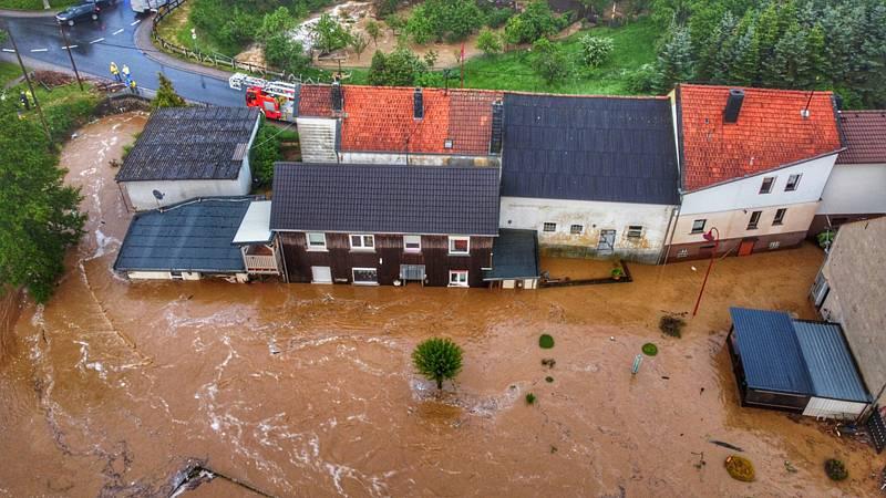 Zaplavené domy v Německu