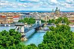 Řetězový most na řece Dunaj v Budapešti