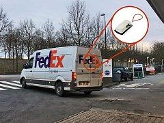 Dodatečné zabezpečení francouzských dodávek amerického FedExu z dílny žďárského Tokozu