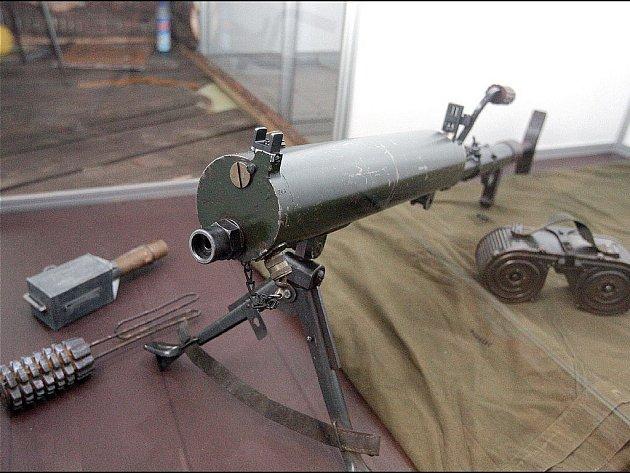 Návštěvníci Technického muzea na výstavě uvidí, jak se postupně vyvíjela vojenská výstroj a výzbroj