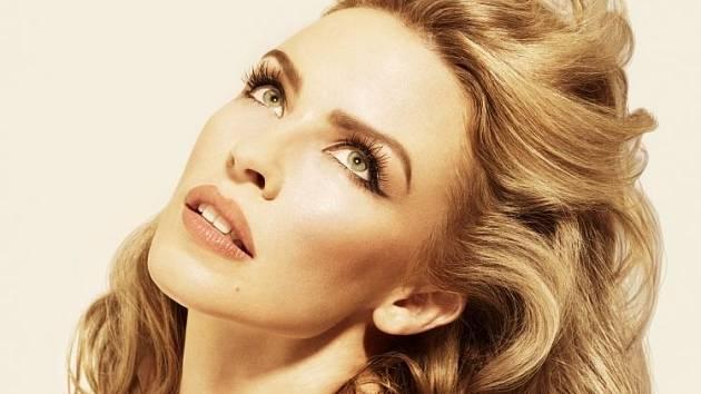 Do Prahy se vrací Kylie Minogue.