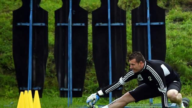 Brankář Jan Laštůvka na tréninku Karviné.