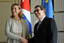Federica Mogheriniová a kubánský ministr zahraničí Bruno Rodríguez.