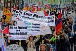 demonstrace v Kolíně nad Rýnem v souvislosti se sjezdem AfD