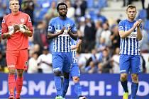 Jakub Brabec (úplně vpravo) si odbyl premiéru v dresu Genku při porážce s Anderlechtem