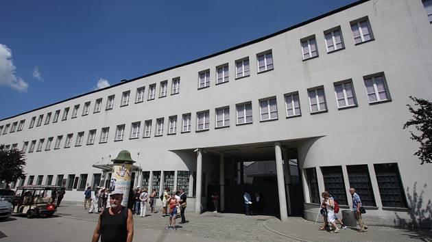 Továrna na email Oskara Schindlera v Krakově, dnes muzeum o historii Krakova a Židů během 2. světové války
