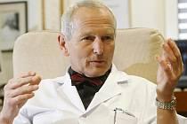 Jan Pirk, přednosta Kardiocentra v Institutu klinické a experimentální medicíny (IKEM) v Praze.
