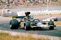 Lotus 72, ve kterém si vyjezdili titul mistra světa Jochen Rindt a Emerson Fittipaldi.