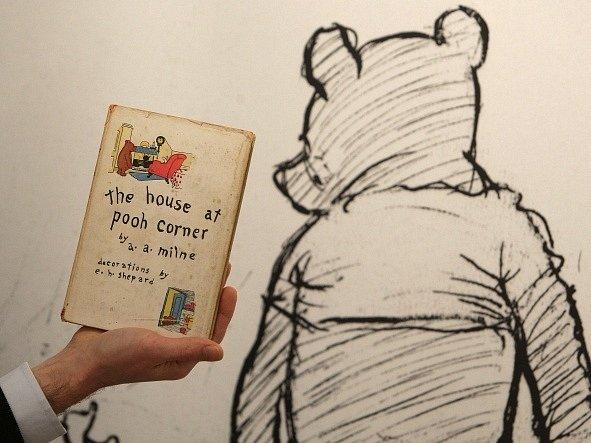 Medvídek Pú v podání Ernesta Howarda Sheparda