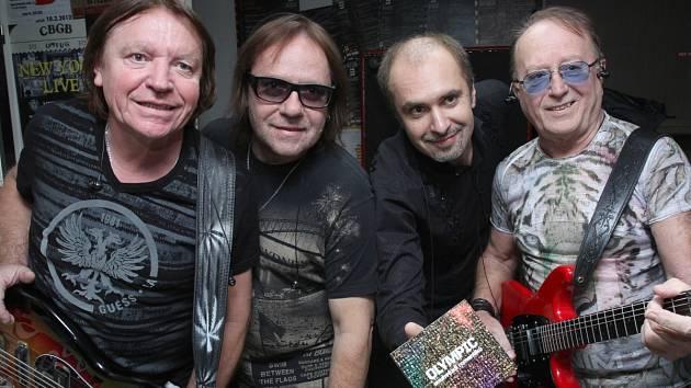 SOUHVĚZDÍ ROMANTIKŮ. Zleva Milan Broum, Jiří Valenta, Martin Vajgl a Petr Janda.