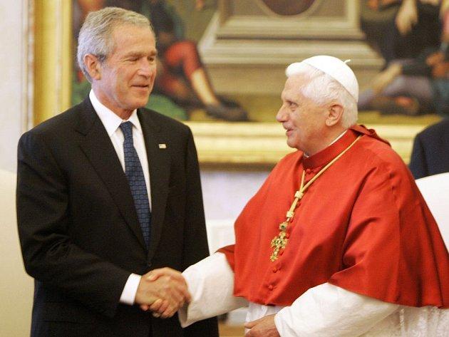 Americký prezident George Bush se v sobotu ve Vatikánu setkal s papežem Benediktem XVI.