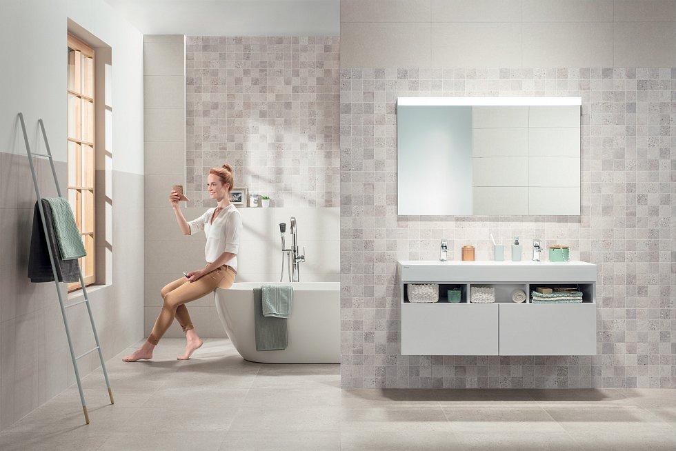 Zvažujte, co budete v koupelně opravdu potřebovat. Vždy pamatujte na dostatek prostoru, abyste se v ní mohli pohodlně pohybovat a nenaráželi přitom do zařizovacích předmětů.