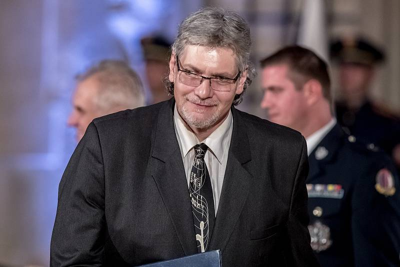Prezident Miloš Zeman na státní svátek 28. října předával státní vyznamenání ve Vladislavském sále Pražského hradu. Petr Žantovský