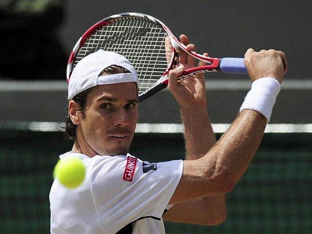 Tommy Haas na trávě září. Po titulu z podniku v Halle se probojoval se do semifinále Wimbledonu.