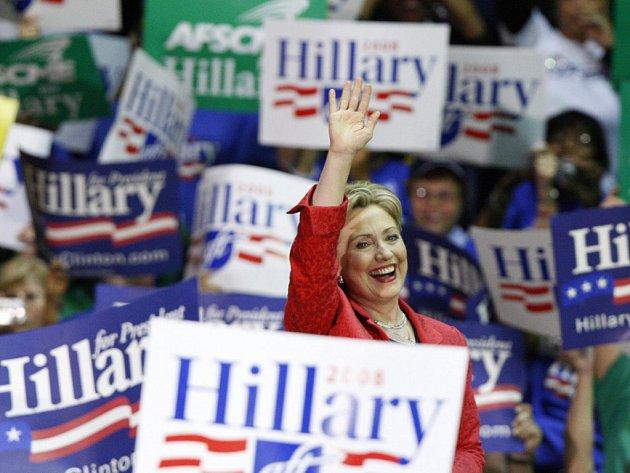 Hillary Clintonová nehodlá vzdát boj o demokratickou nominaci a vítězství v Pennsylvanii jí dalo nový impuls.
