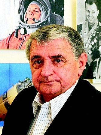Letec a kosmonaut Oldřich Palčák.