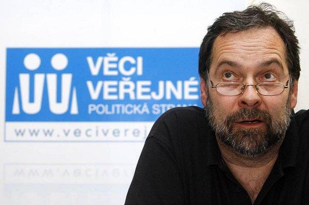 Lídr pražské kandidátky za stranu Věci veřejné Radek John