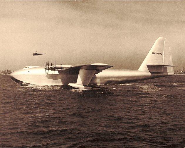 2. Hughes H-4Hercules