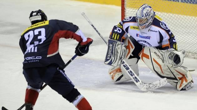 Andrej Kudrna při zápase KHL