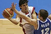 Hvězda české basketbalové reprezentace Jiří Welsch přispěla 20 body k vítězství nad Izraelem. Basketbalisté tak zůstavají ve hře o postup na ME.