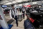 Část českých sportovců odletěla na zimní olympiádu v Jižní Koreji. Na snímku sáňkaři.