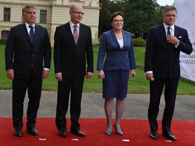 Premiéři Česka, Slovenska, Polska a Maďarska na summitu visegrádské skupiny.