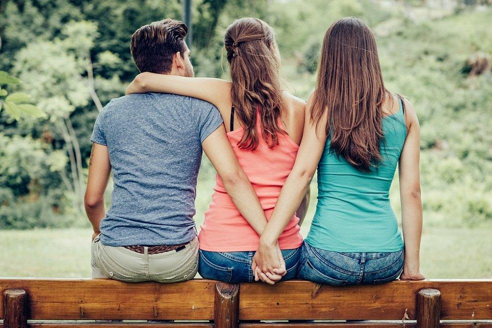 Nevěra, manželství, milenka. Ilustrační foto